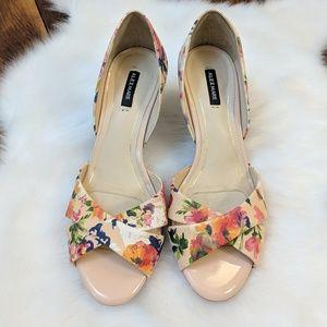 ♥️ Sale ♥️ Alex Marie • Blushing Floral Heels